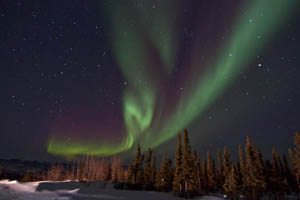 Eagle_Plains_Aurora_02