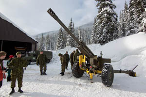 105 mm Howitzer for Avalanche Control - Rogers Pass