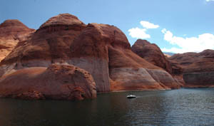 lake powell men Detailed information on speed boat and watercraft rentals at lake powell in arizona | utah.