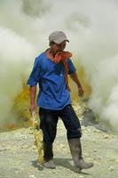 Kawah Ijen Volcano - Indonesia Boating on a Lake of Sulfuric Acid TN300_Kawah_Ijen_12